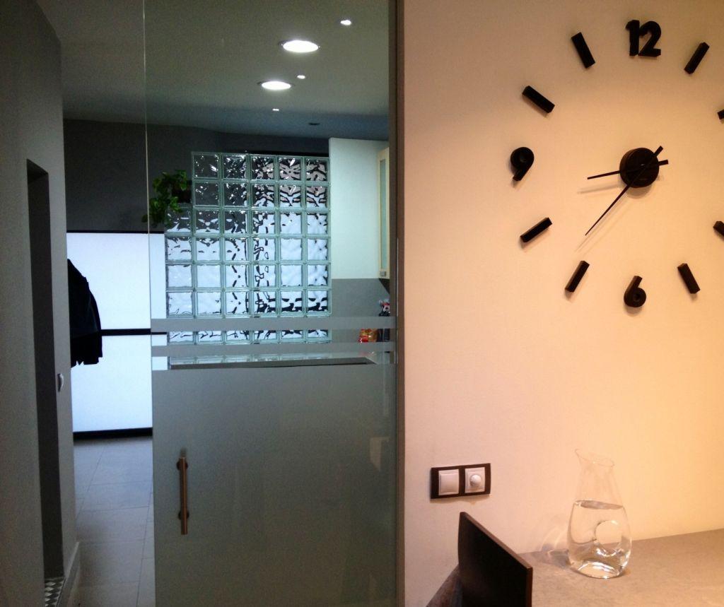 Puertas de cristal la cristaleria de barcelona - Aironfix para cristales ...